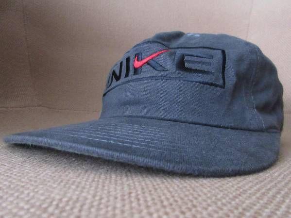 90's NIKE ツバ裏グリーン BOXロゴ 刺繍 キャップ グレー~ダークグレー系 ナイキ CAP 帽子 ハット ボックス スウォッシュ Swoosh NSW ACG【deg】