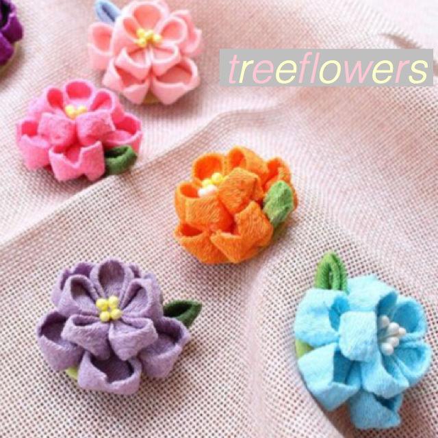 【ハンドメイドキット】11色からお選びください*つまみ細工のお花ヘアクリップ*布はカット済みです