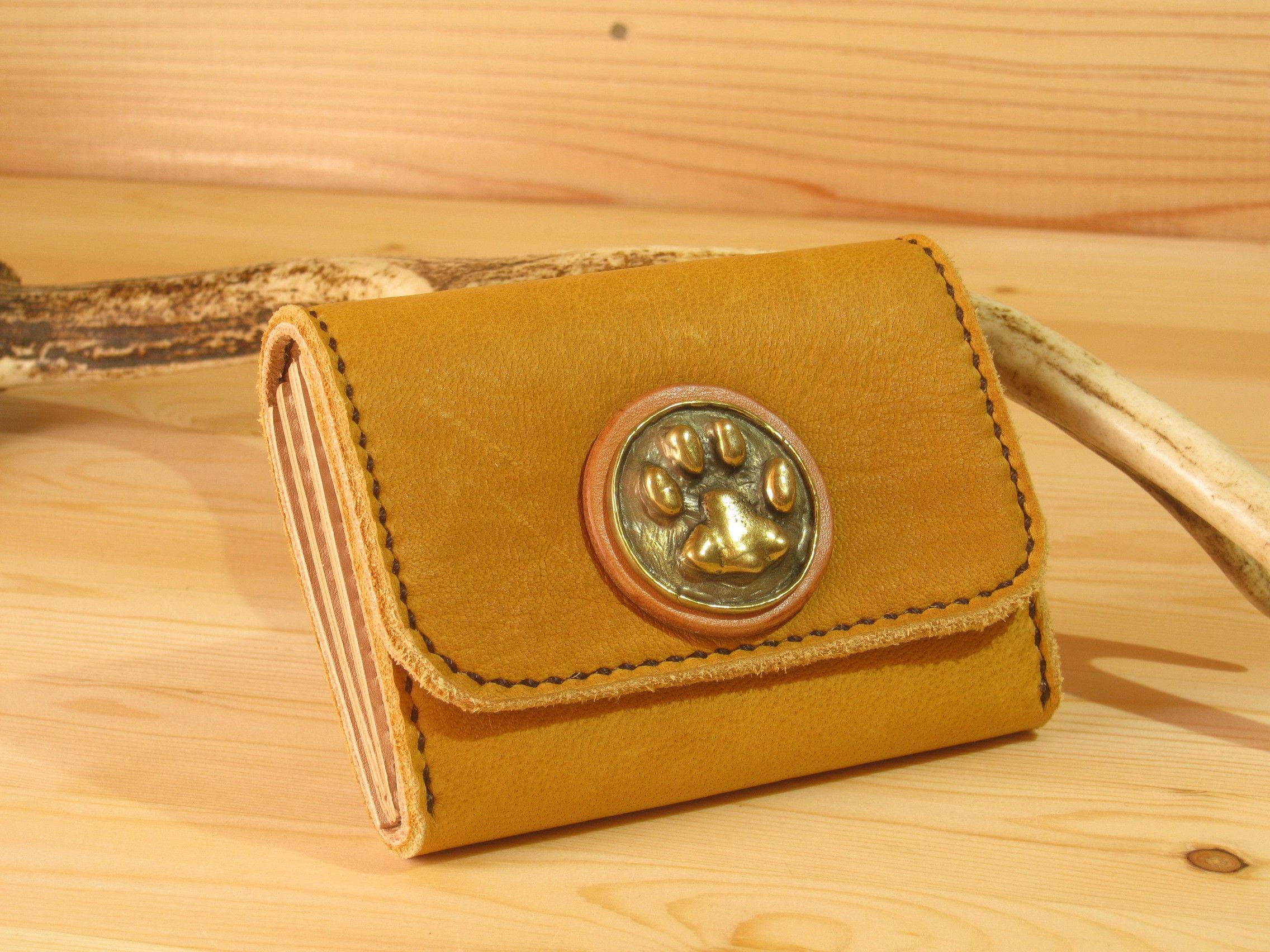鹿とネコのコラボなコロコロ財布