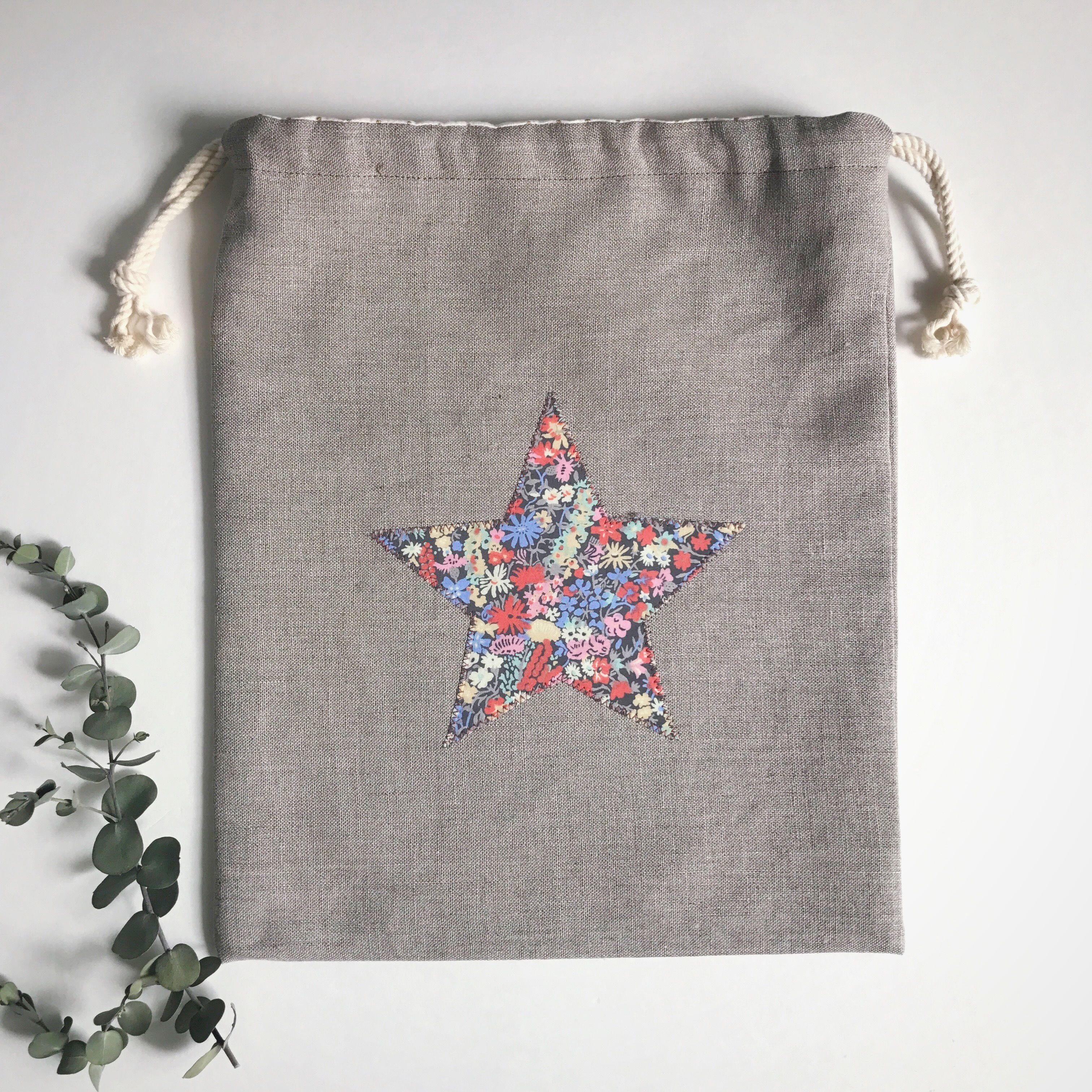 リバティの星のアップリケ×ナチュラルリネンの巾着袋