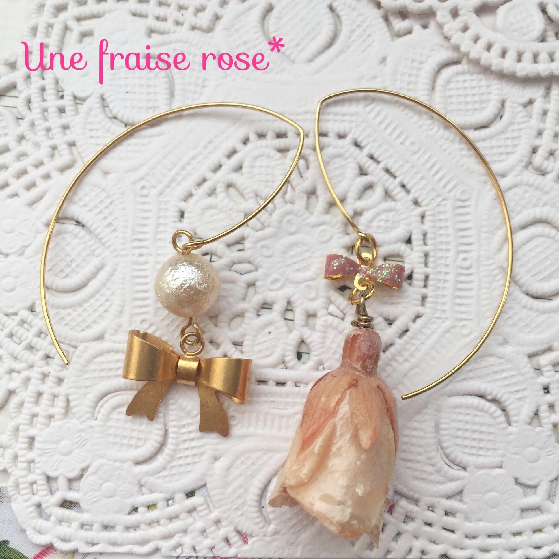 薔薇とリボンピアス