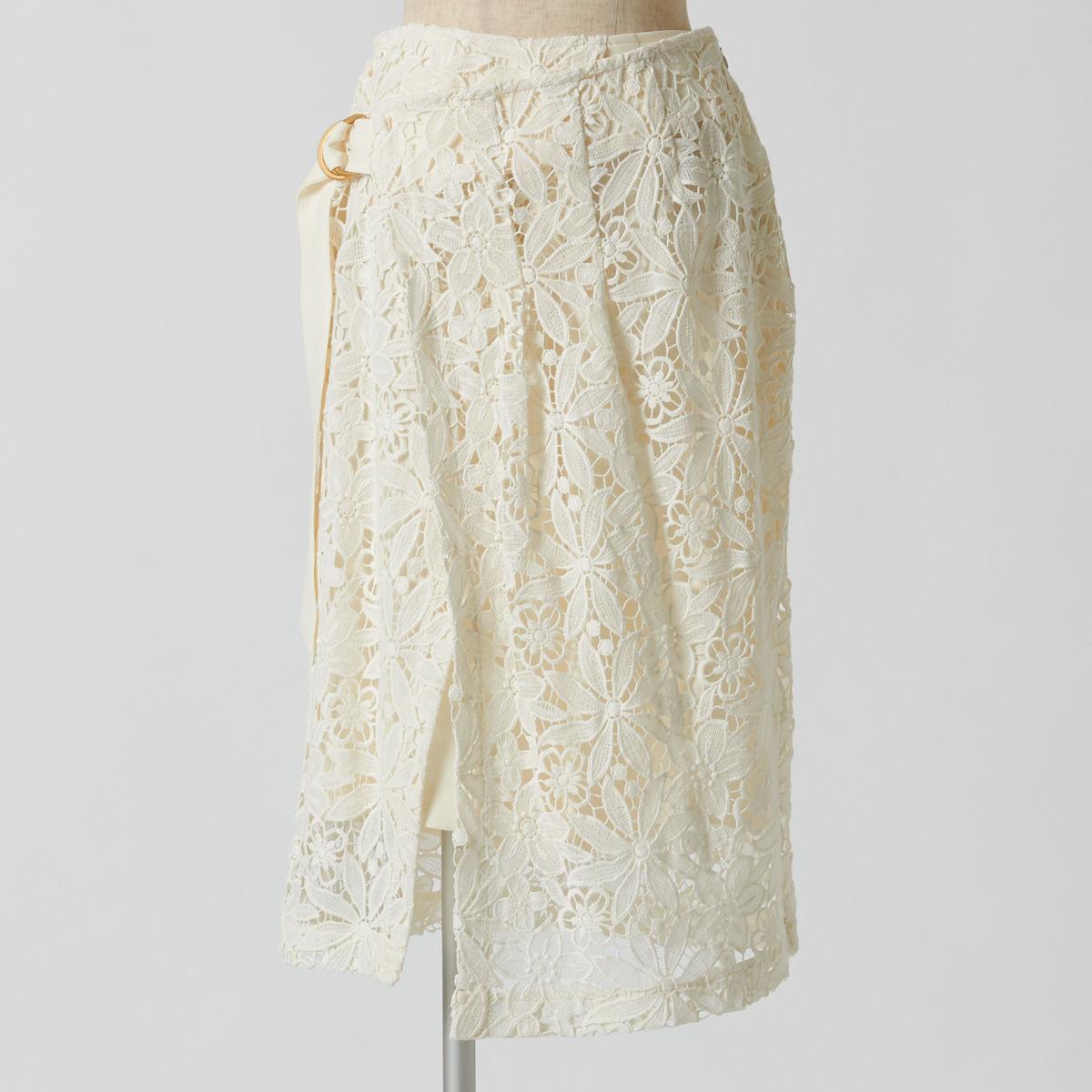ラージフラワーレーススカート(ホワイト)
