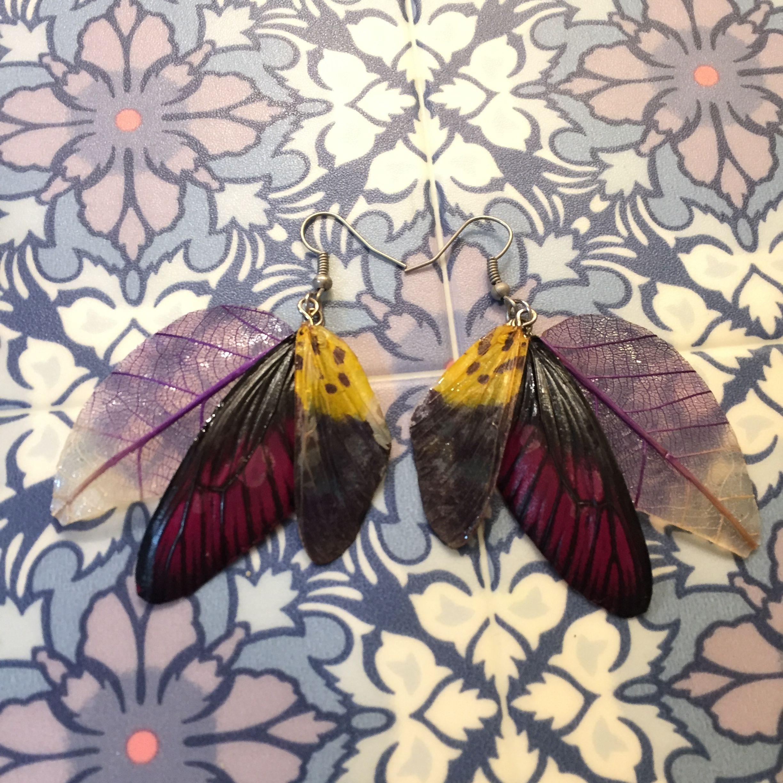 ①葉と蝶の標本ピアス(紫、黄色系)