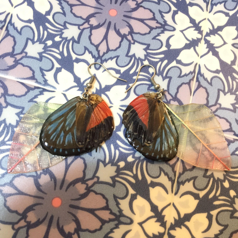 ⑬葉と蝶の標本ピアス(桃、赤、青)