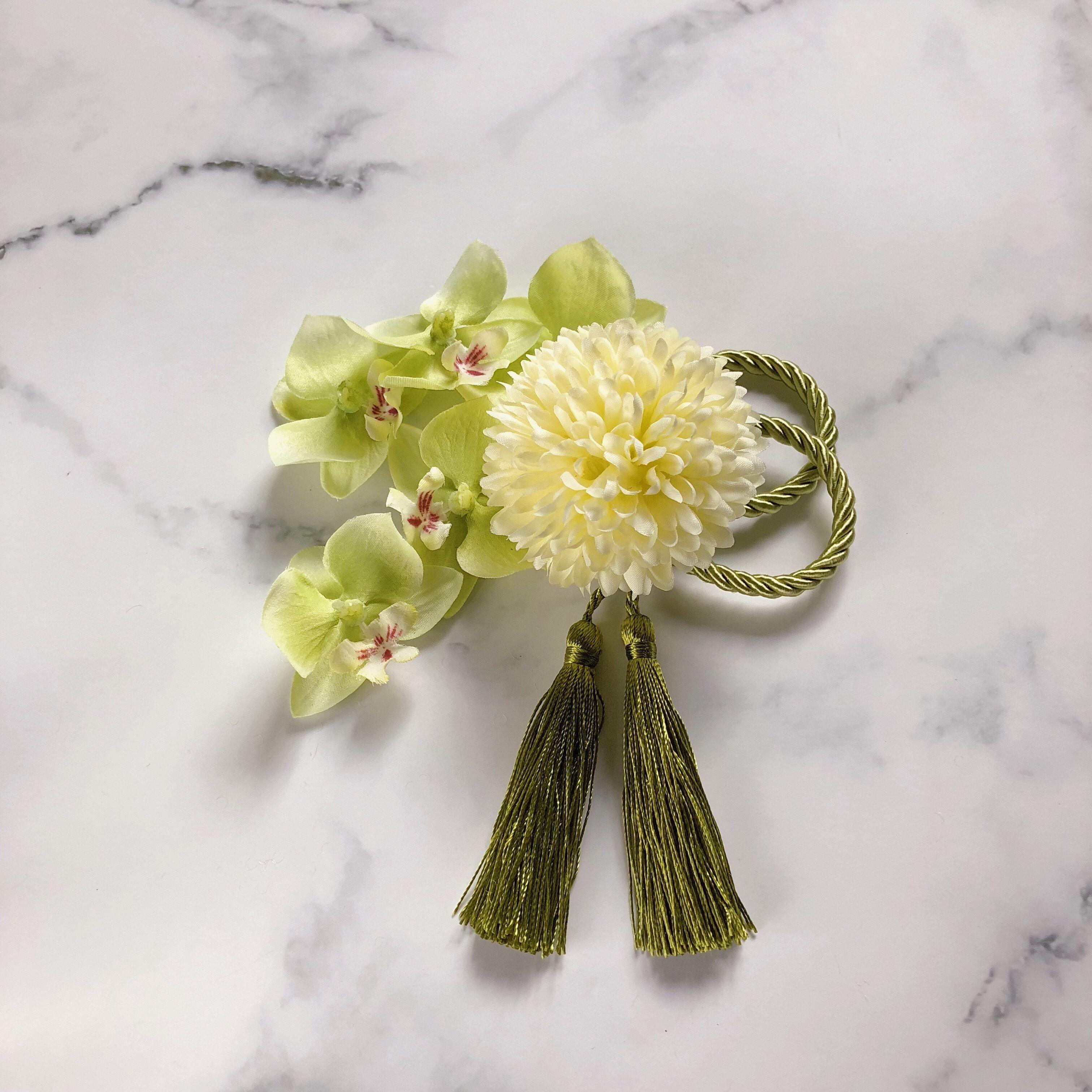 ピンポンマム 胡蝶蘭 セット タッセル付き