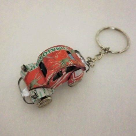 キーホルダー ミニカー(ブリキ缶リメイク)マダガスカル⑥【郵便お届け】