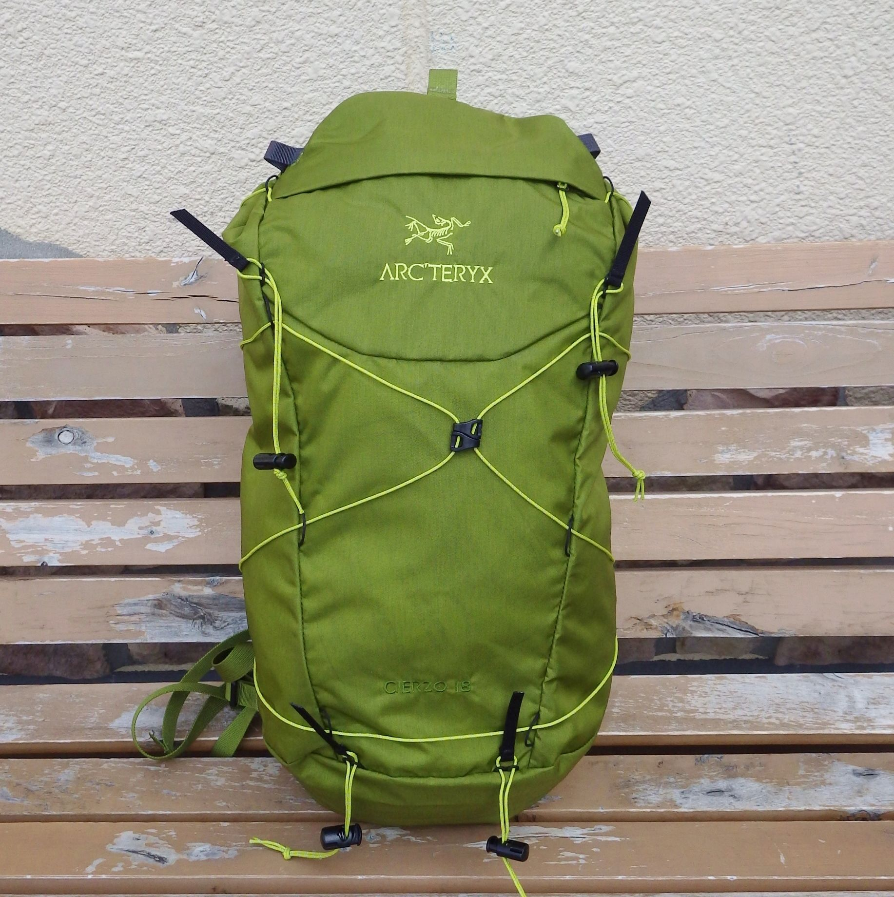 ARC'TERYX   Cierzo18  Backpack