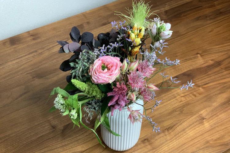 お花 の 定期 便