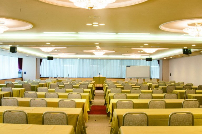 弘済会館 会議室