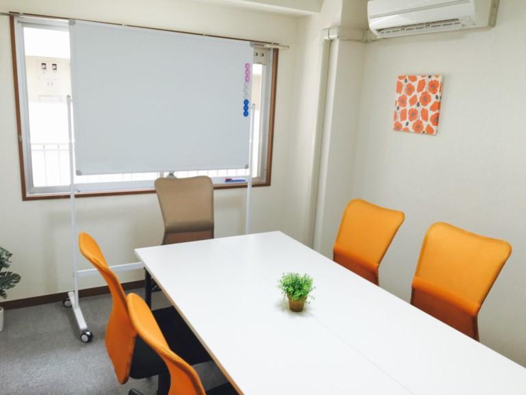 【神保町・九段下駅すぐ】キレイ 快適な会議室