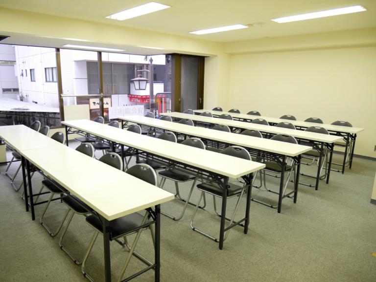 NATULUCK溜池山王駅前店2階会議室