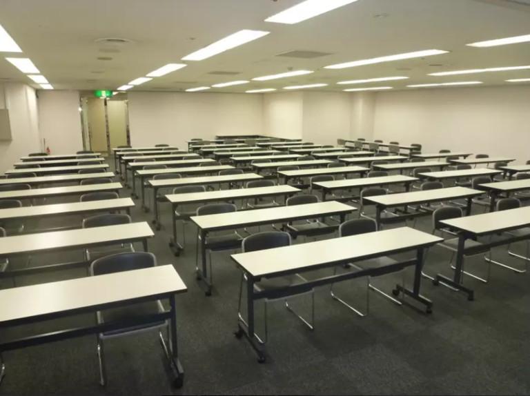 ホール8A/講習会や試験、イベント会場に適した大ホール