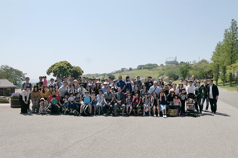 千葉工場の従業員と家族