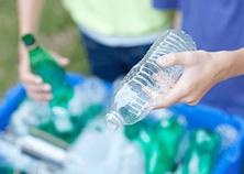 クイーンズ伊勢丹でプラスチックリサイクル実施