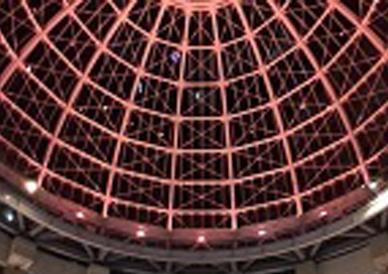 高松三越と高松丸亀町一番街前三町ドームがピンクにライトアップされました