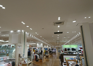 Areas for babies and kids, Mitsukoshi Nihombashi Main Store, sixth floor on the annex. (Photograph has been taken after the construction.)