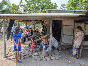 Interview with residents who live in the demined areas