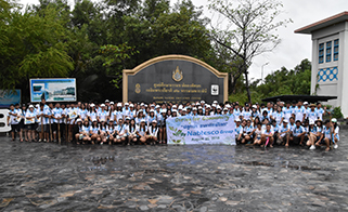 A commemorative photo of the mangrove planting activity