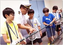 【写真】ロープワークの講習