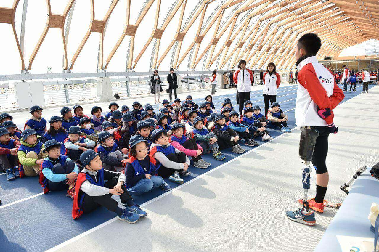 an extracurricular program of participatory events to experience para sports