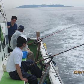 ▲船上での釣り風景