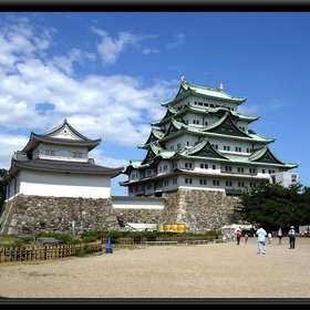 1)名古屋城