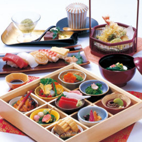 3) Tokugawaen hozentei lunch