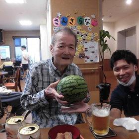 スイカと…ビッ!ビール!?