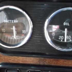 電圧系、油圧計