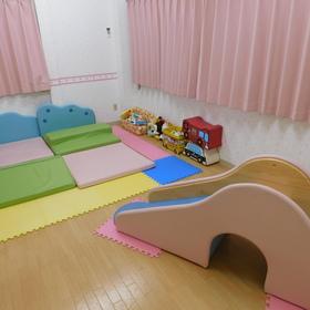 乳児さんも安心の乳児室!