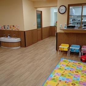 保育室は綺麗で広々!