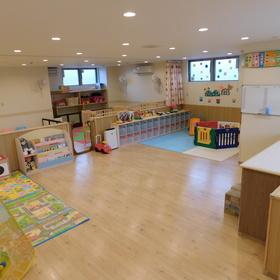 広い保育室でたくさん遊ぼう!
