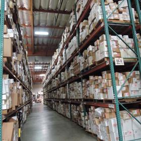 TPS倉庫部門:膨大な品数をSTOCK