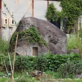 夫婦岩 栗島神社(男神)