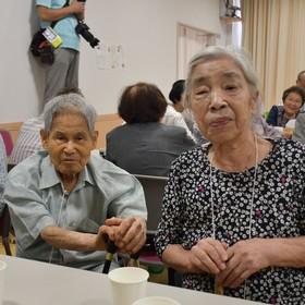 参加最高齢(男性99歳)村上勇作さん(女性89歳)村上雪子さんご夫妻