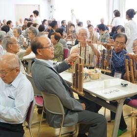 インドネシア楽器の演奏体験