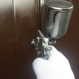 雨戸吹付け塗装