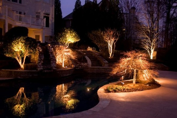 luxuryhomegarden.com