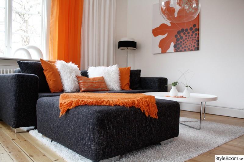 エルメスオレンジがアクセントカラーの部屋作り