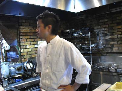面白いくて美味しい料理を作る坂本シェフ!