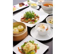 多くのお客さまを満足し続ける料理の数々
