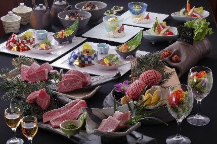 四季折々の食材を使用した焼肉懐石料理☆