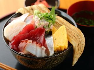 炙り穴子一本のせ海鮮丼