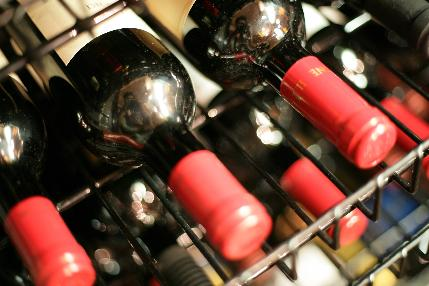 2台の大型セラーに200本のワインを収納