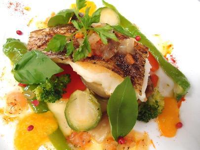 コースの一品 各種のお魚料理