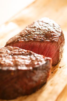 熟成肉の溶岩炭グリル