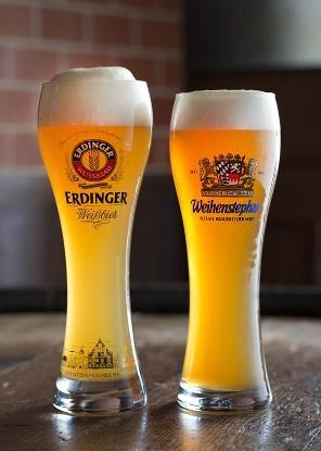 色々な形状のグラスでビールが楽しめます。