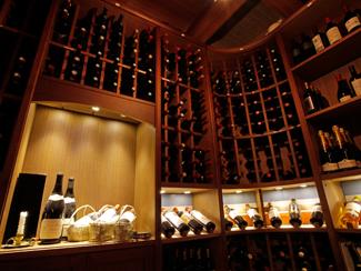 ワインの他、焼酎や日本酒も豊富!