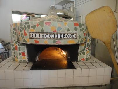 ナポリで5代続く窯職人の窯で焼きあげます