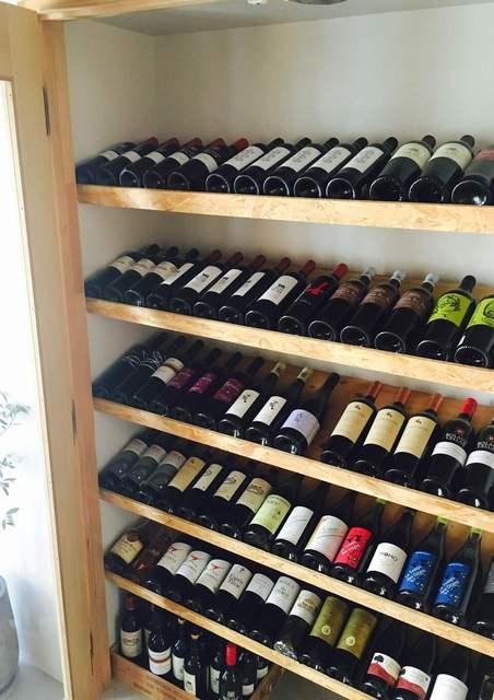 ワインは常時200本~300本